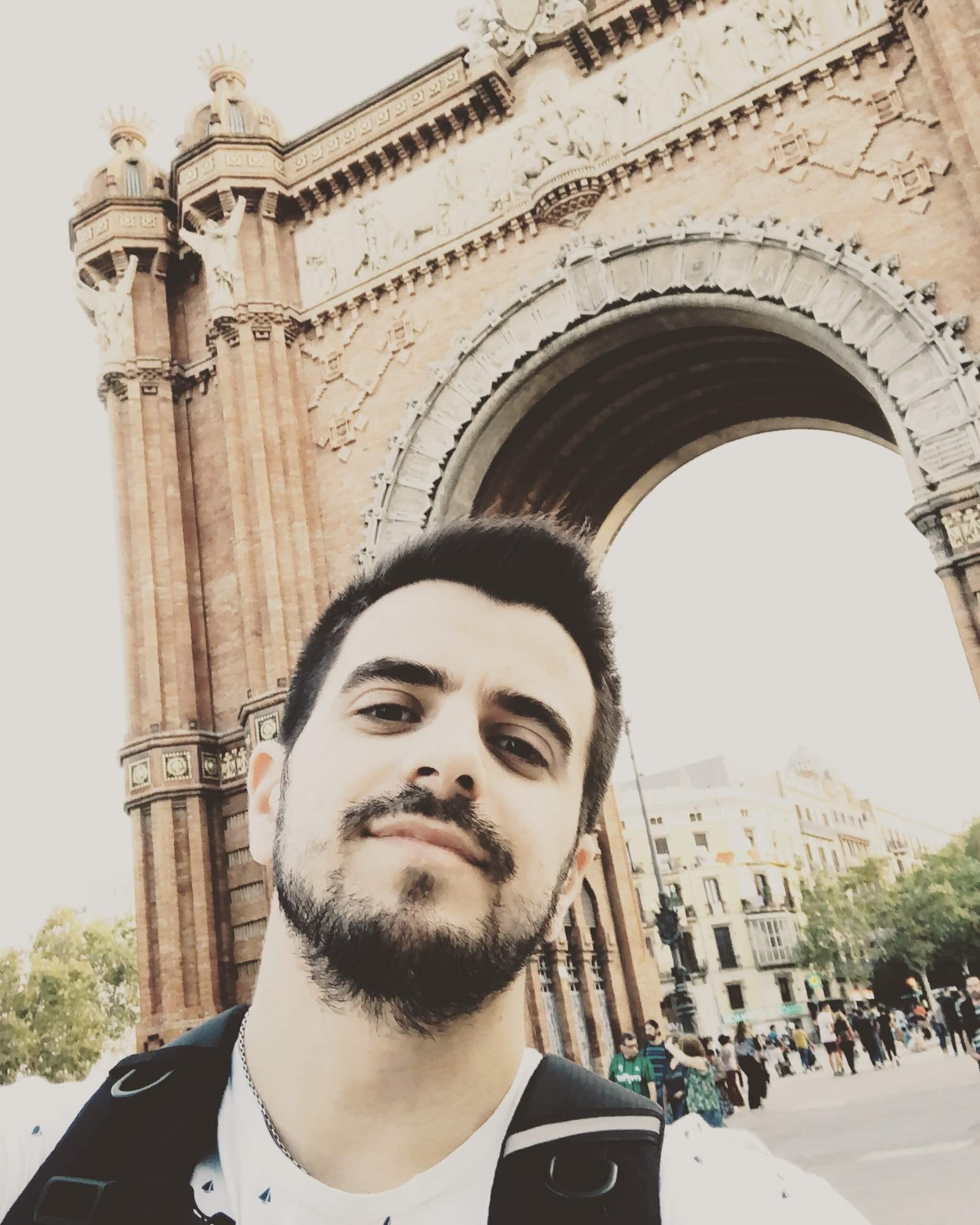 Esteban Echevarria Trader